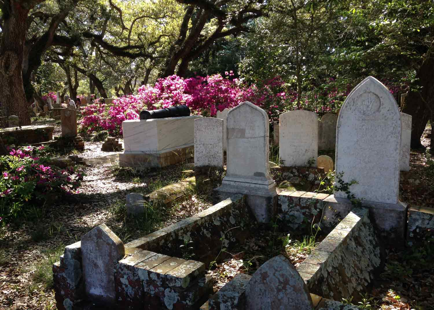 old burying ground in beaufort