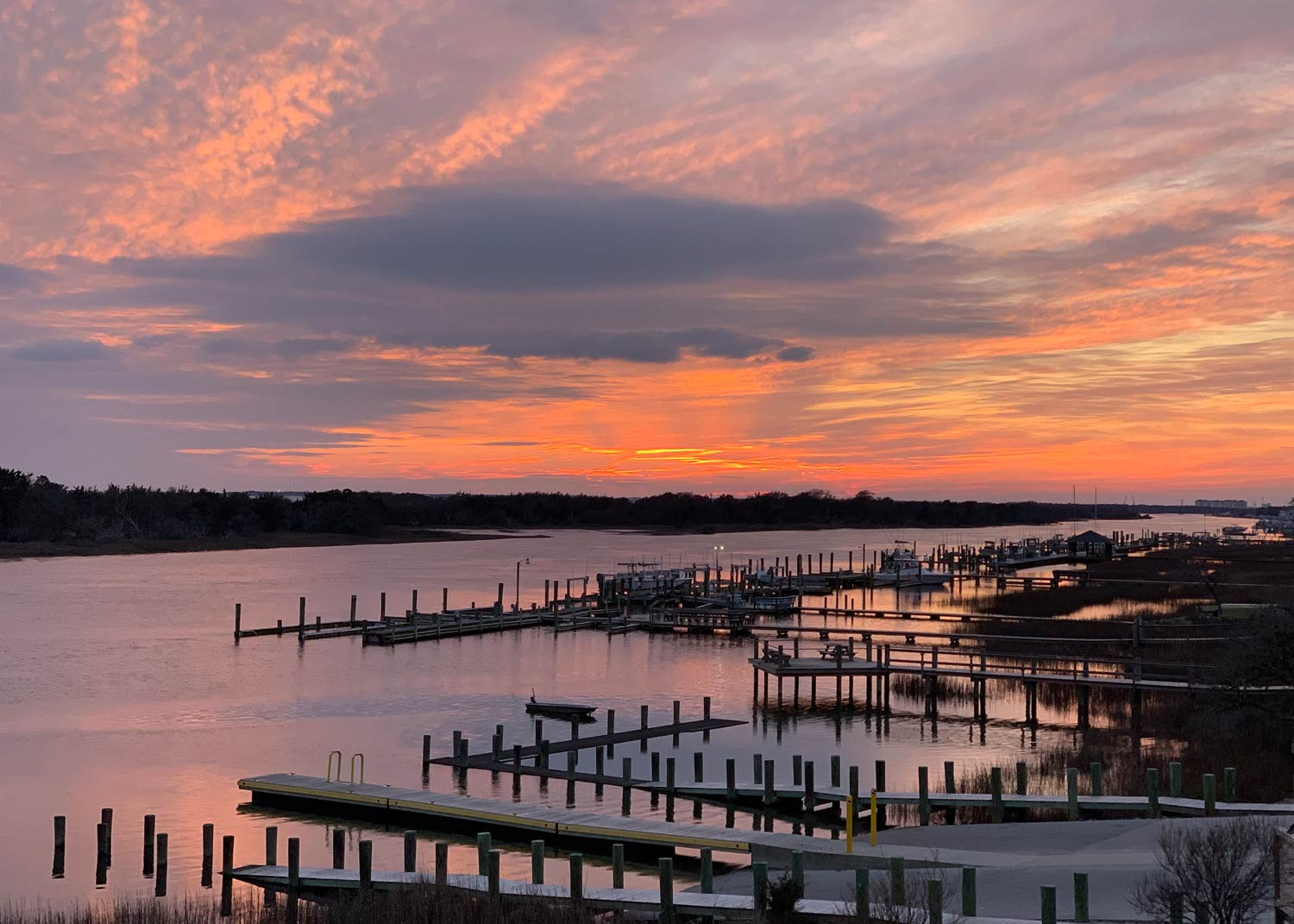 Beaufort NC Sunset over docks