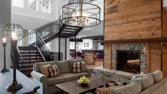 Beaufort Hotel Lobby